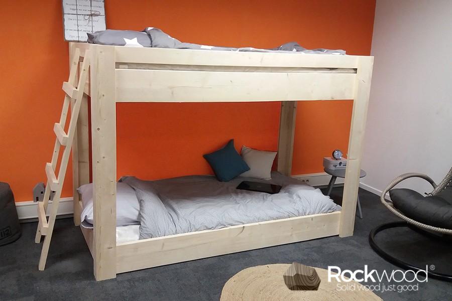 Halfhoogslaper Steigerhout Zitje : Steigerhout hoogslaper met kast en bureau bed met kast eronder