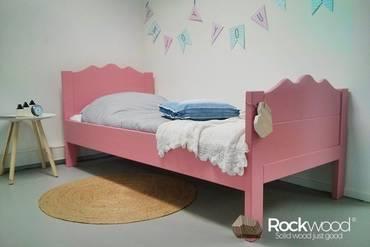 https://afbeelding.kinderbed.biz/images/KBMAP/Rockwood-Kinderbedden-Kinderbed-Maxima-Pink-2_klein.jpg