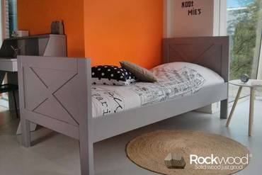 https://afbeelding.kinderbed.biz/images/KBNEG/Rockwood-Kinderbedden-Kinderbed-New-England-Grey-2_klein.jpg