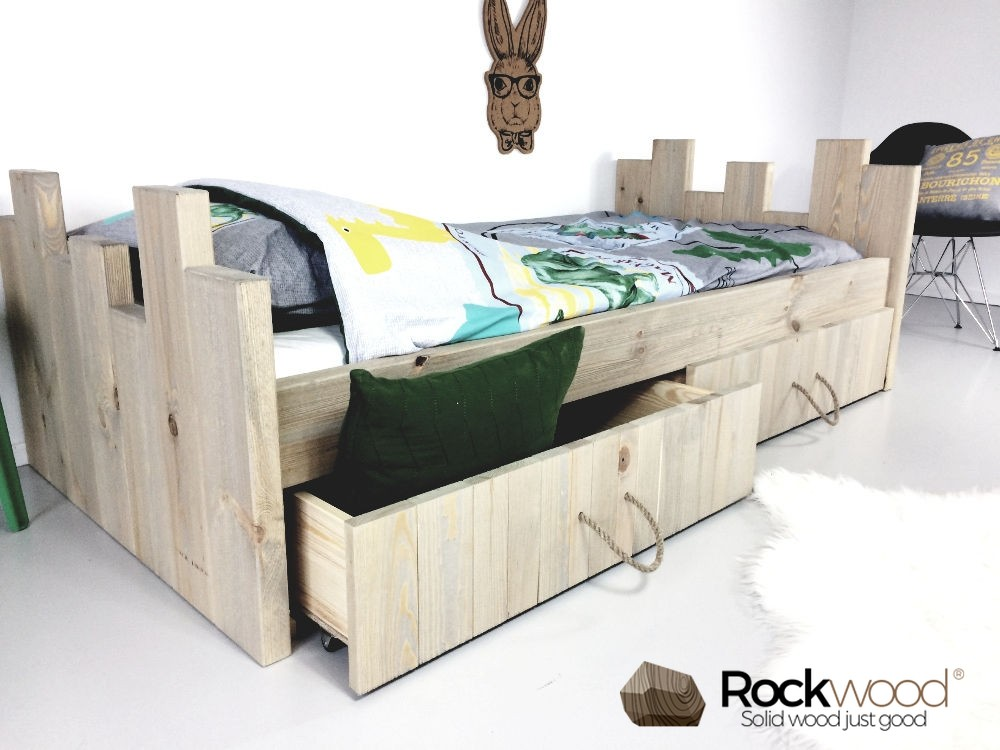 https://afbeelding.kinderbed.biz/images/KBRN/Rockwood-Kinderbedden-Kasteelbed-Robin-Natural-1.jpg