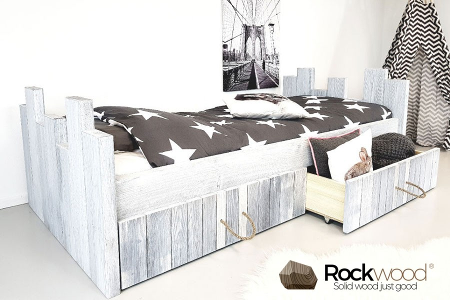 https://afbeelding.kinderbed.biz/images/KBRW/Rockwood-Kinderbedden-Kinderbed-Robin-White-Grey-1.jpg