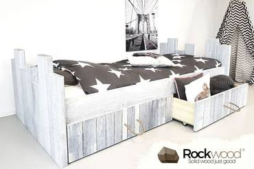 https://afbeelding.kinderbed.biz/images/KBRW/Rockwood-Kinderbedden-Kinderbed-Robin-White-Grey-1_klein.jpg