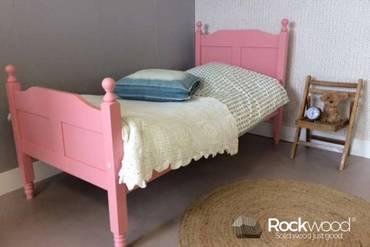 https://afbeelding.kinderbed.biz/images/PBAMP/Rockwood-Kinderbedden-Peuterbed-Amalia-Pink-3_klein.jpg
