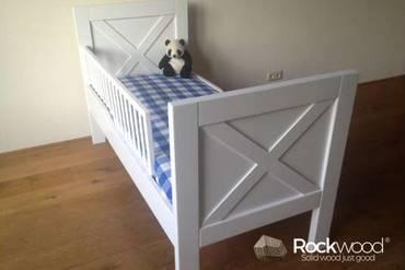 https://afbeelding.kinderbed.biz/images/PBNE/Rockwood-Kinderbedden-Peuterbed-New-England-3_klein.jpg