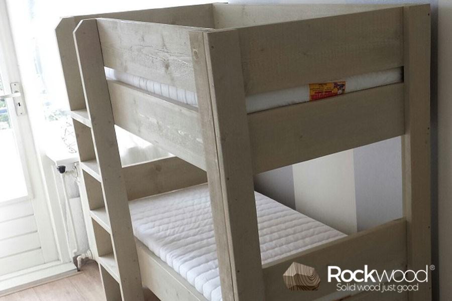 https://afbeelding.kinderbed.biz/images/PSS-70/Rockwood-Kinderbedden-Peuter-Stapelbed-Steigerhout-1.jpg